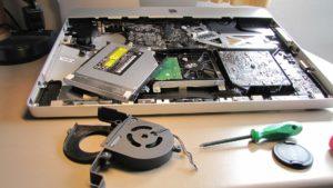 Jak naprawić laptopa, który nie chce się włączyć?